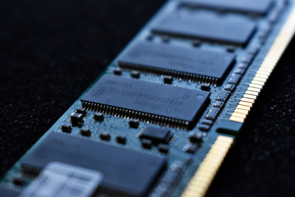 Computer RAM - The second priority to consider under a laptop buying guide