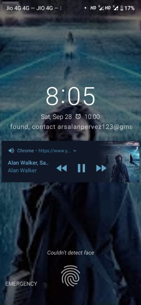 Dialogue box showing YouTube video's audio running in the lock screen.